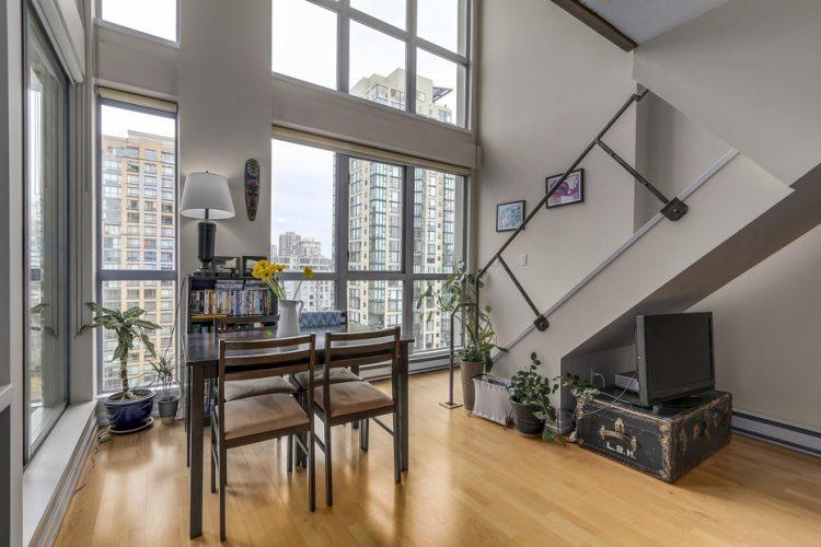 beautiful-1bedroom-apartments-in-yaletown-condo-3